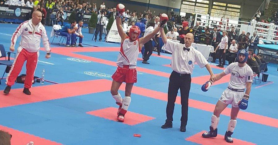 Mistrz Świata w kickboxingu – Mateusz Ńiżejewski