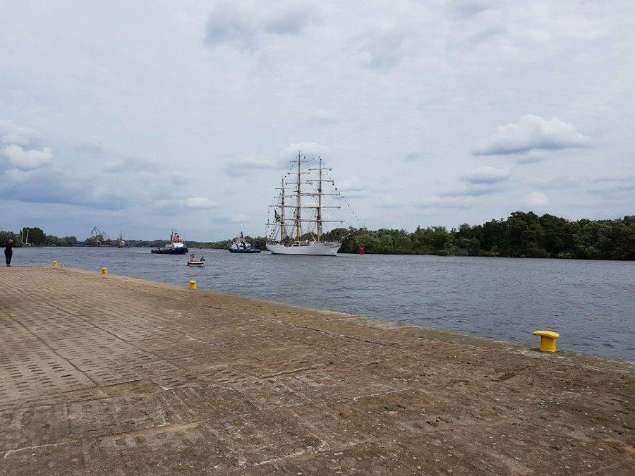 Piloci morscy czuwają nad bezpieczeństwem żaglowców na Tall Ships Races