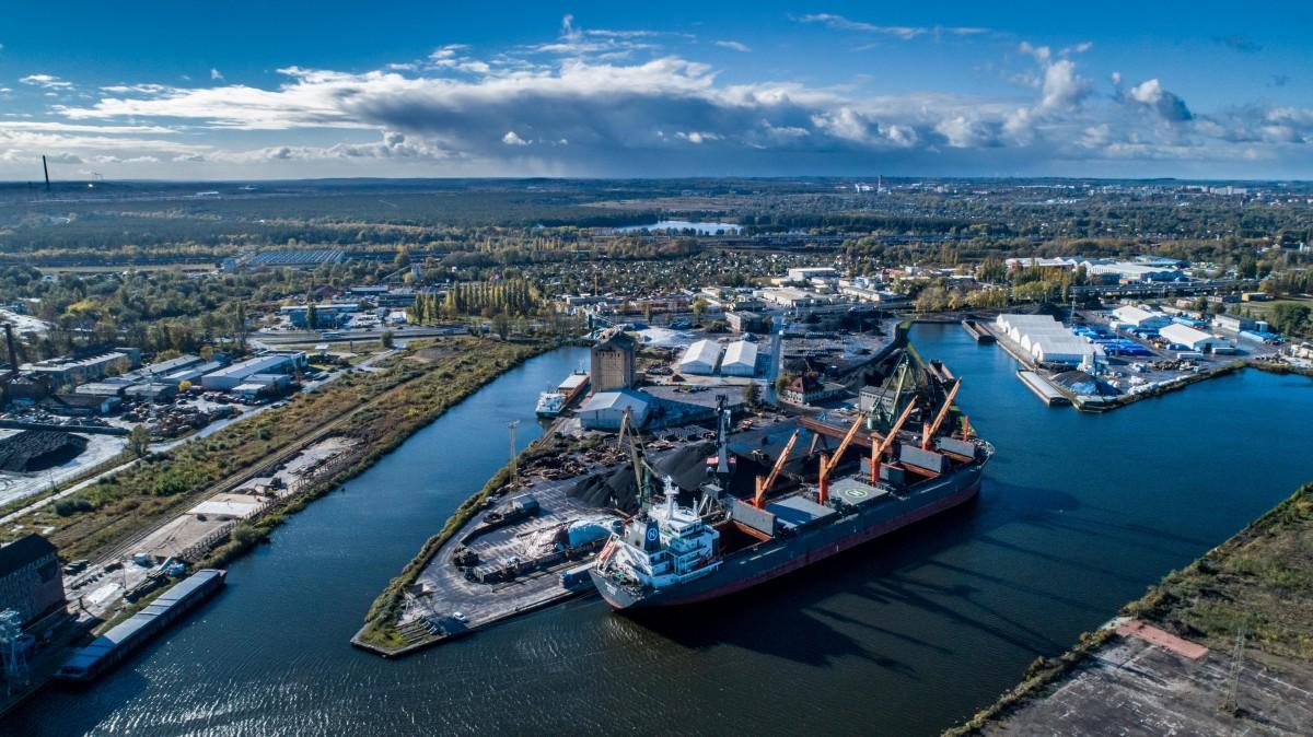 Świetny III kwartał w Bulk Cargo Port Szczecin – w przeładunkach króluje Nabrzeże Górnośląskie [foto, wideo]