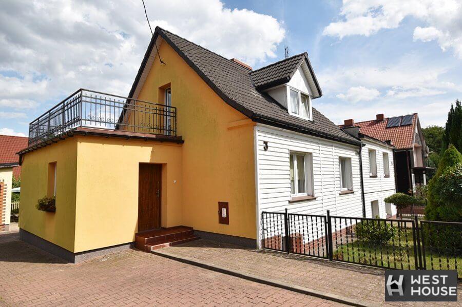 Zachodniopomorskie. Dom z potencjałem nad rzeką Regą. Może ten dom w Płotach jest właśnie dla Ciebie?