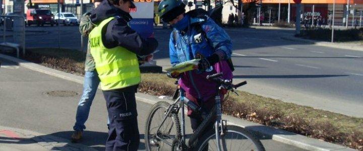 CZY WIESZ, ŻE… Kierującemu rowerem również zabrania się korzystania z telefonu podczas jazdy?