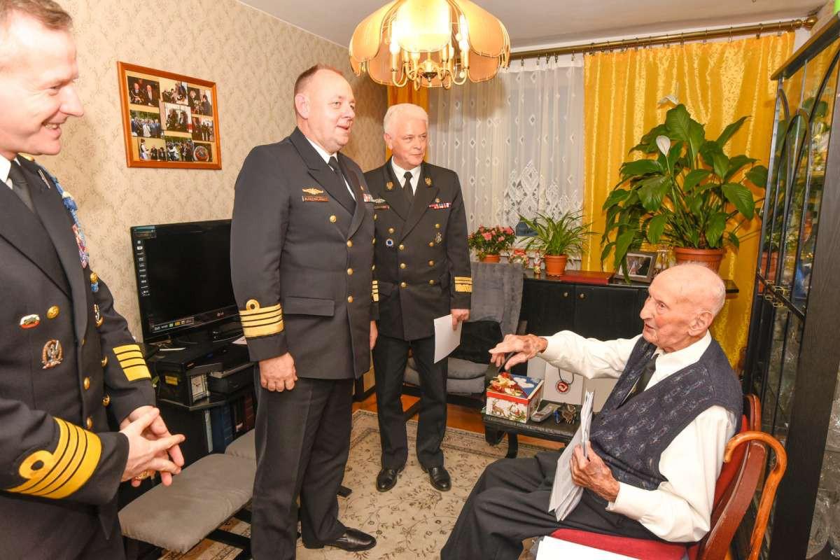 Najstarszy polski marynarz obchodzi 103. urodziny