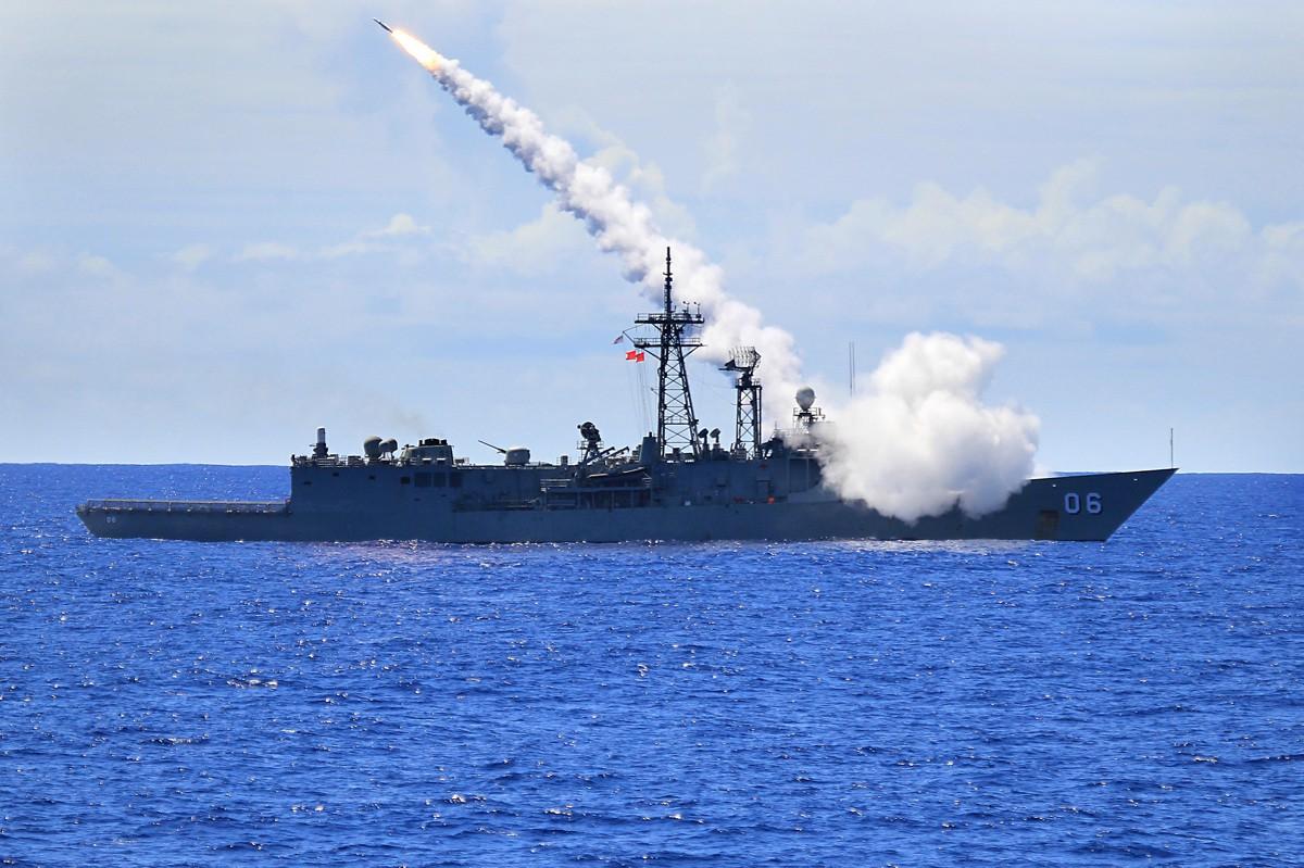 Polska kupi używane australijskie fregaty Adelaide?