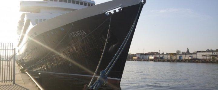Port Gdańsk odwiedził najstarszy statek pasażerski na świecie