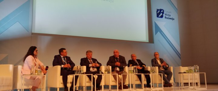 W Gdyni rozpoczęło się II Forum Wizja Rozwoju