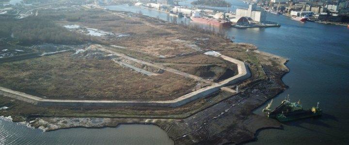 Pierwsze efekty prac inwestycji w porcie Szczecin – Kanał Dębicki już widoczne.
