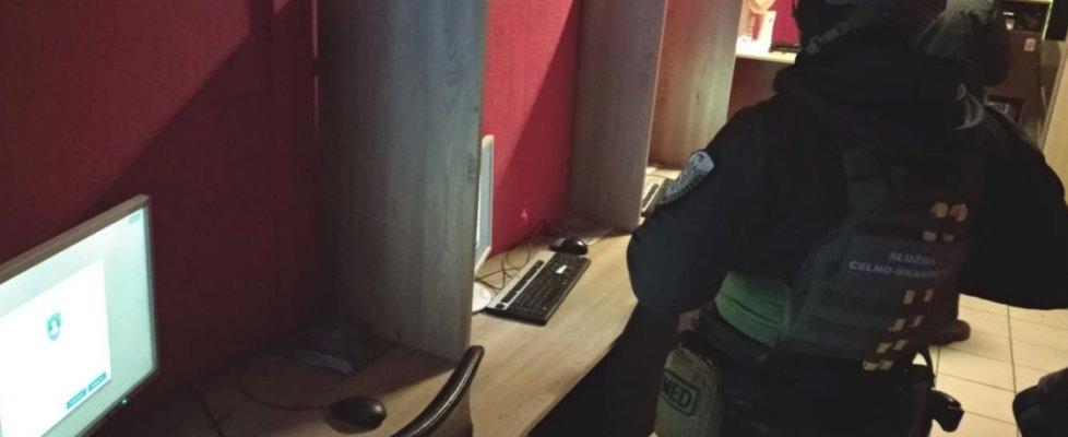Zachodnipomorskie. Nielegalne komputery do gier zatrzymane w Szczecinku.