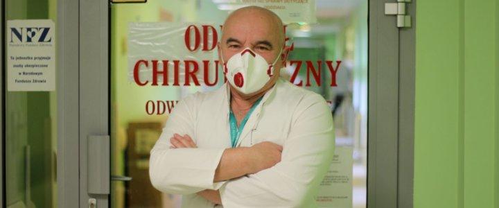 Świnoujście. Jaka będzie przyszłość chirurgii w naszym szpitalu? Odpowiada prof. dr hab. n. med. Józef Kładny.