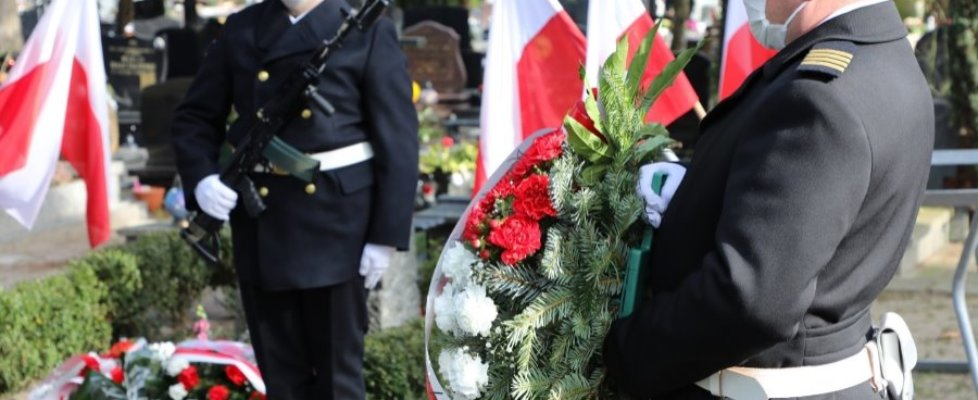"""Świnoujście. Narodowy Dzień Pamięci """"Żołnierzy Wyklętych"""" w 8.FOW."""