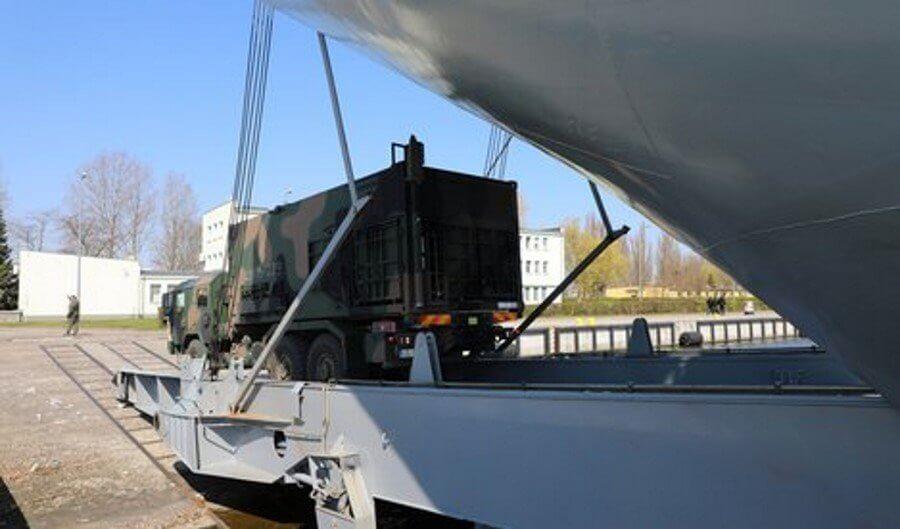 Świnoujście. Morska Jednostka Rakietowa na pokładzie okrętu 8.FOW.