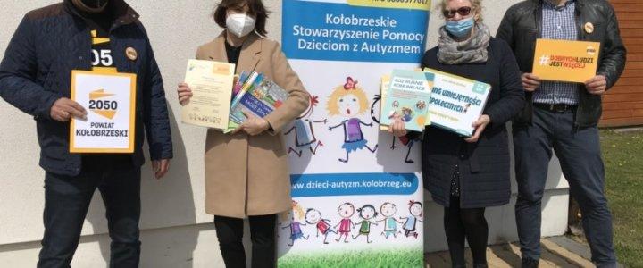 Wolontariusze pomogli hospicjum i dzieciom autystycznym.