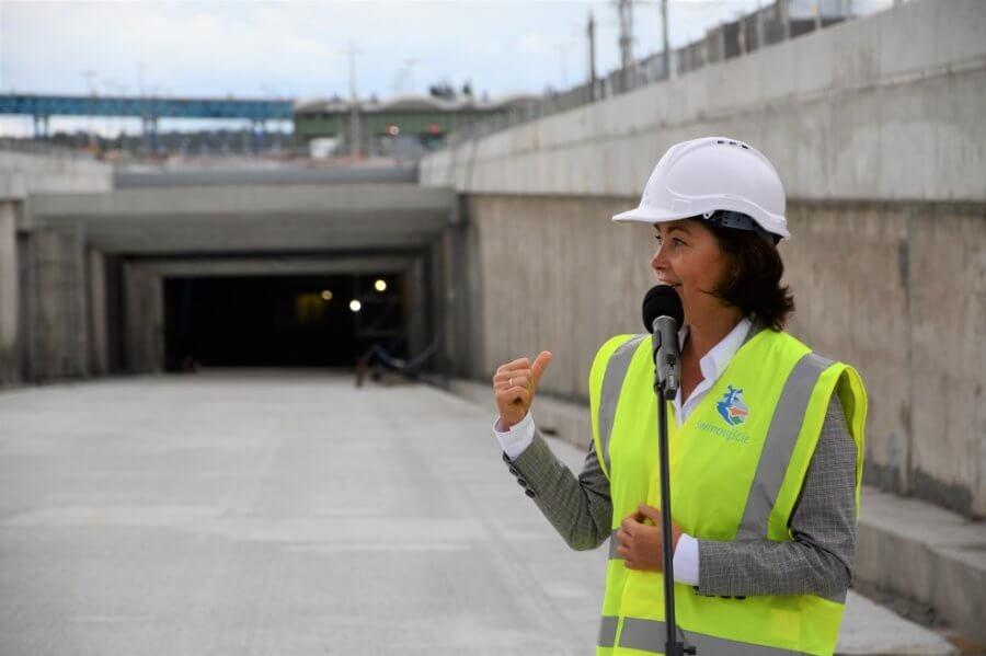 Świnoujście. Budowa tunelu. Maszyna drążąca dotarła już do wyspy Wolin.