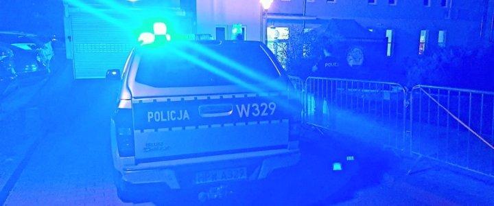Świnoujście. POLICJANCI PILOTOWALI KIEROWCĘ BMW, KTÓRY WIÓZŁ DO SZPITALA DZIECKO Z DUSZNOŚCIAMI.