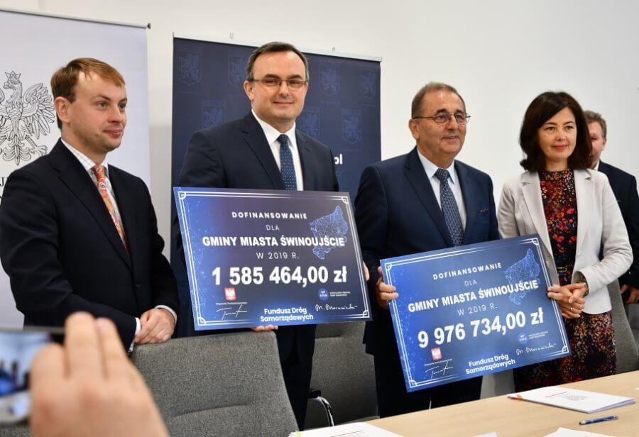 Świnoujście. Ponad 11,5 mln złotych na drogi. Dzisiaj podpisano umowę