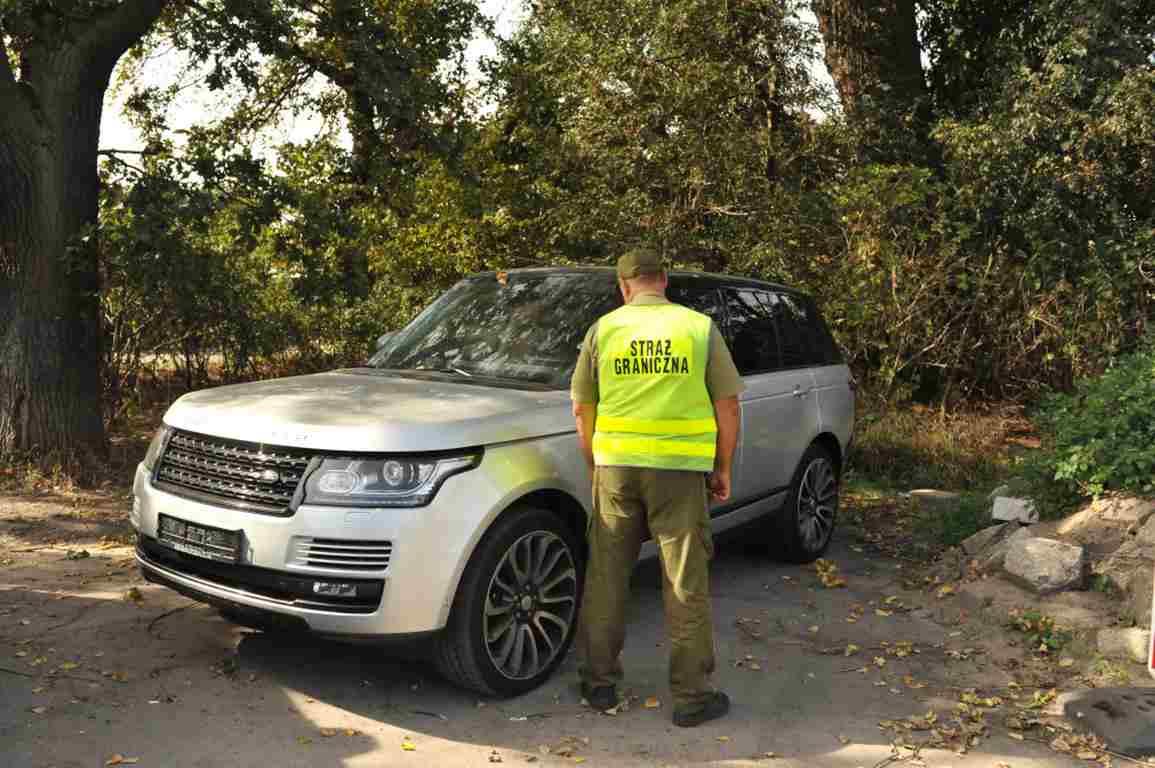 Skradziony land rover za 100 tys. zł odzyskany w Świnoujściu