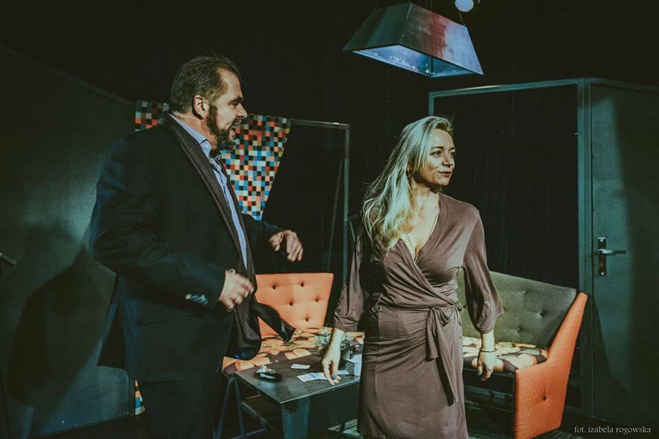 """Gryfice. Zapraszamy 13.02.2019 r. - spektakl teatralny """"Związek otwarty"""""""