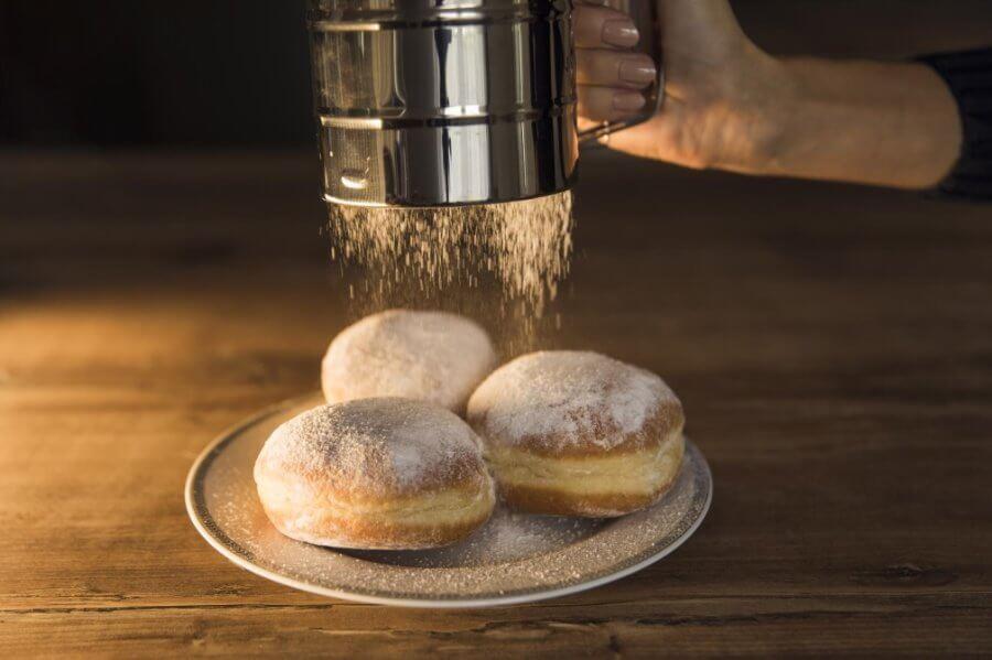 Tłusty czwartek - nierówna walka tradycji z kaloriami.