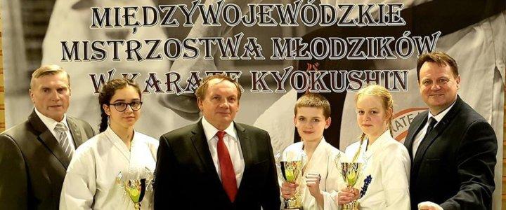 Świnoujska Akademia Karate Kyokushin wraca z medalami