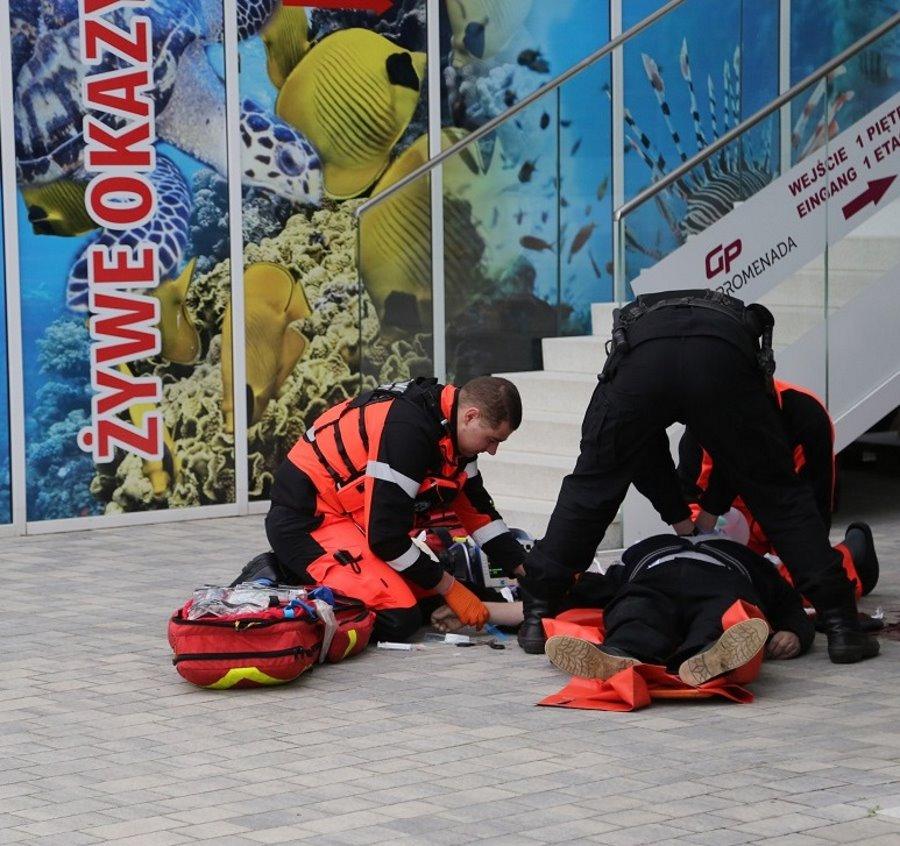 Policjanci reanimowali mężczyznę, który miał zawał