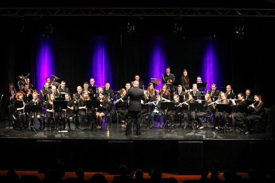 Świnoujście. Koncert Orkiestry Wojskowej i uczniów Państwowej Szkoły Muzycznej
