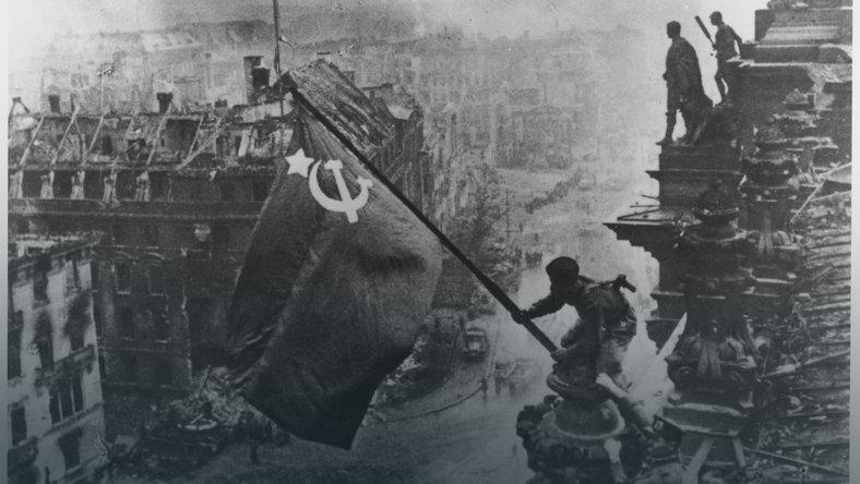 Zmiana godziny 8 maja Narodowy Dzień Zwycięstwa