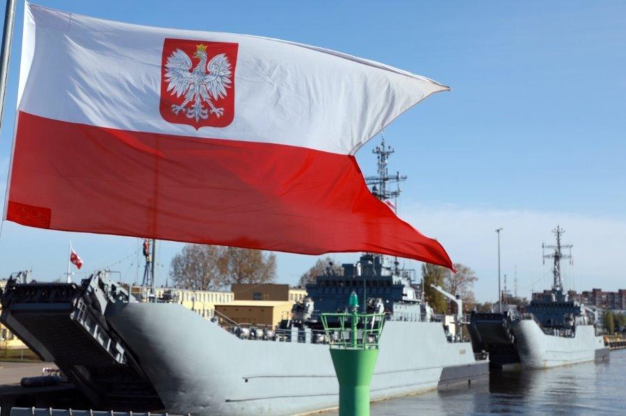 Świnoujście. Dzień Flagi Rzeczypospolitej Polskiej w 8.FOW