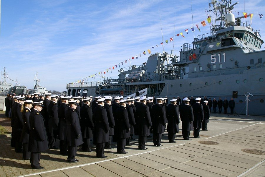 Przekazanie obowiązków dowódcy 2. Dywizjonu Okrętów Transportowo – Minowych
