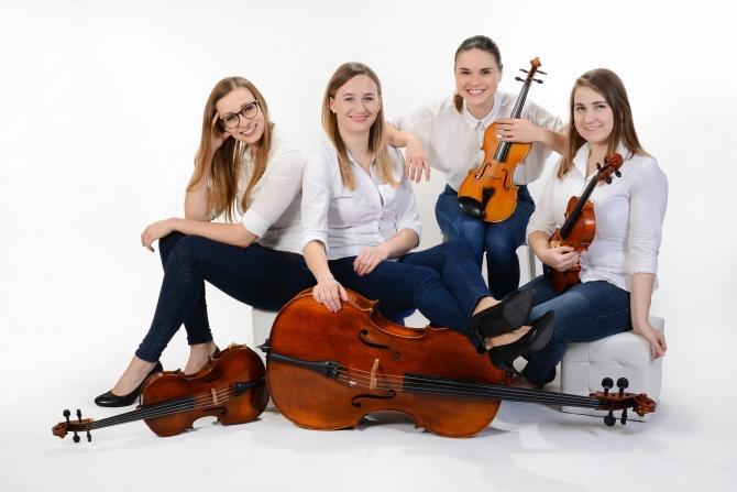 """Gryfickie Lato Muzyczne 2019 – Girls String Band – """"Cztery Pory Roku"""""""