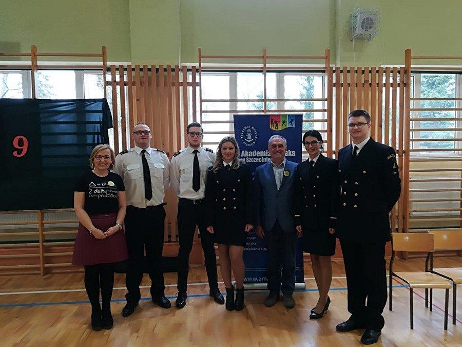 Akademia Morska w Szczecinie na Dniu Matematyki w Dobrzanach