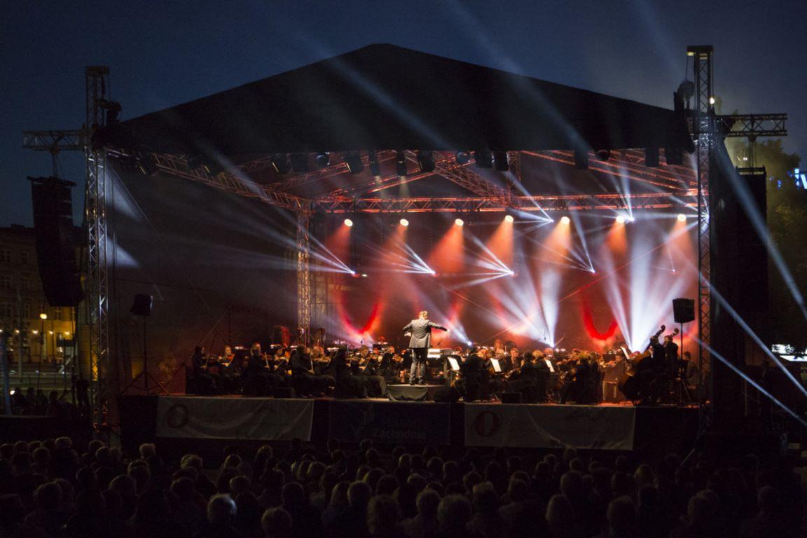 """Plenerowy koncert """"Sierpniowe przełomy"""" już w sobotę – Opera na Zamku w Szczecinie"""