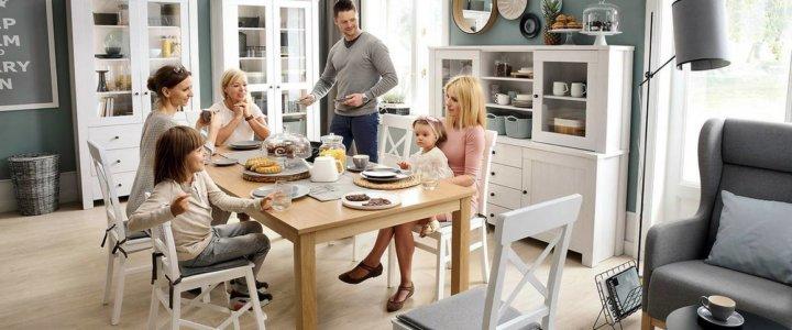 BRW_FOT_1_Życie_wokół_stołu