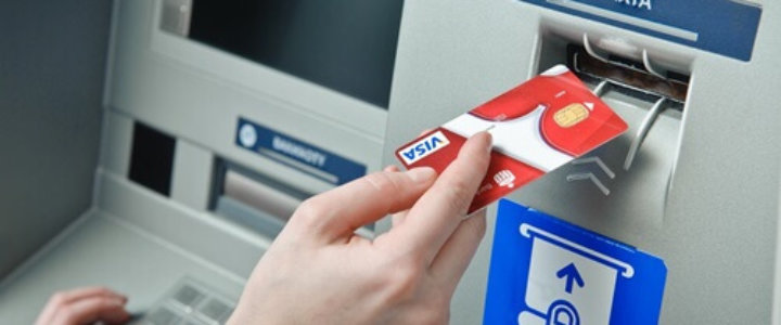 Znaleziono kartę do bankomatu