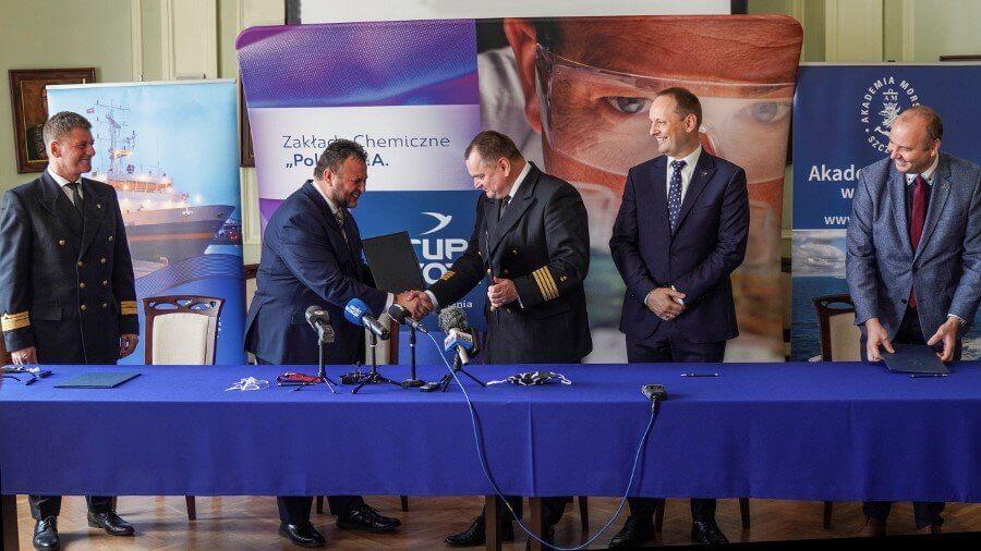 Nauka i praktyka – porozumienie Grupy Azoty Police i Akademii Morskiej w Szczecinie.