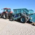 Świnoujście. Plażowy odkurzacz sprząta najszerszą plażę na polskim wybrzeżu.
