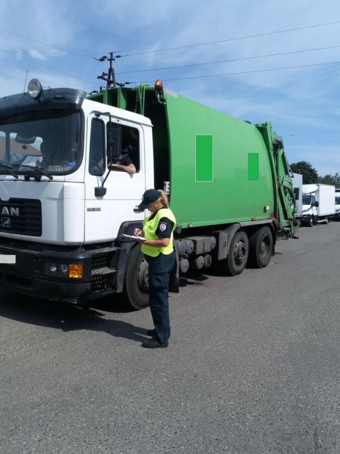 """Zachodniopomorskie. Akcja """"A20"""" skierowana na zwalczanie handlu nielegalnymi odpadami."""