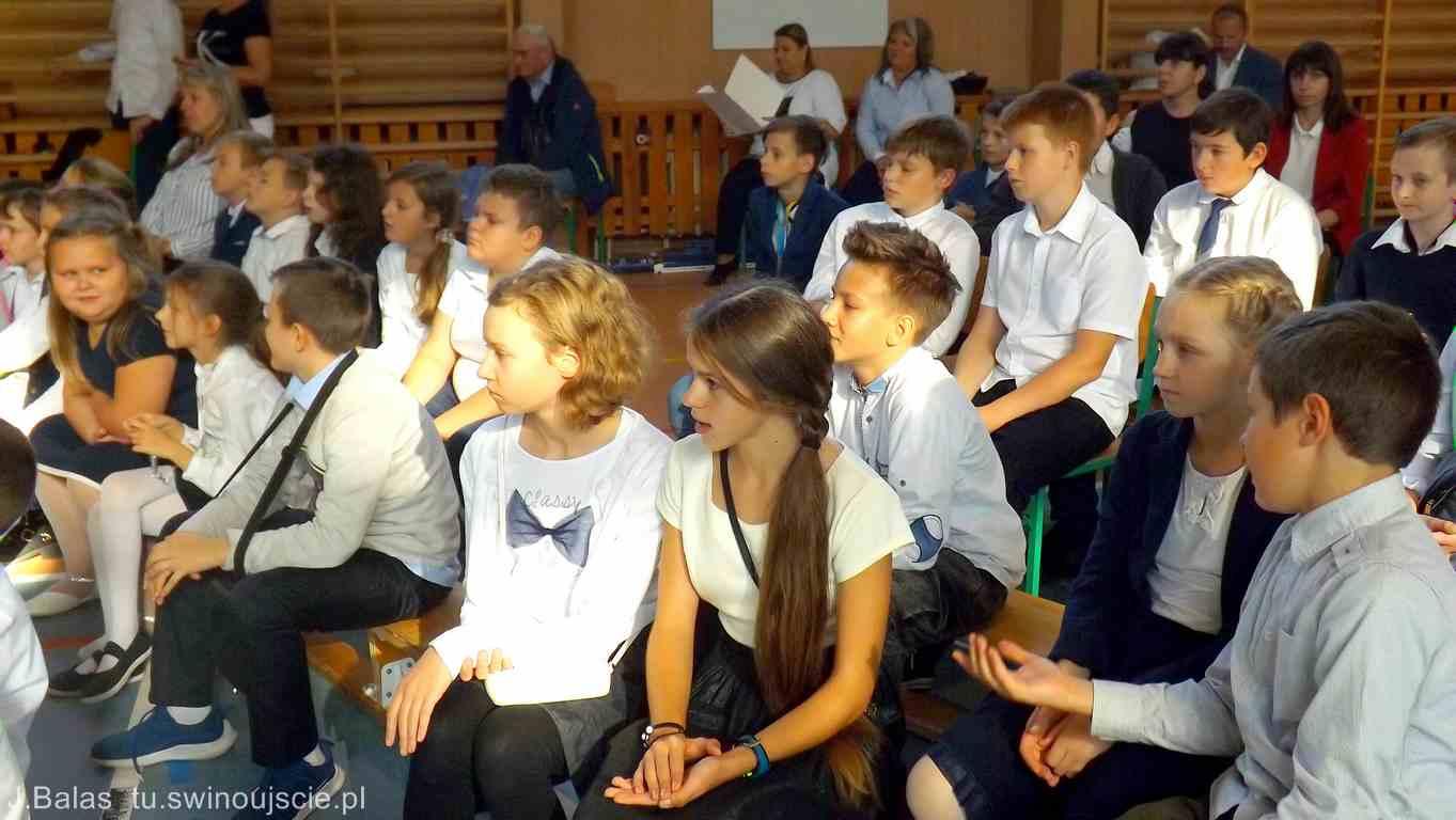 Świnoujście Dzień Patrona w Zespole Szkolno-Przedszkolnym Nr. 9