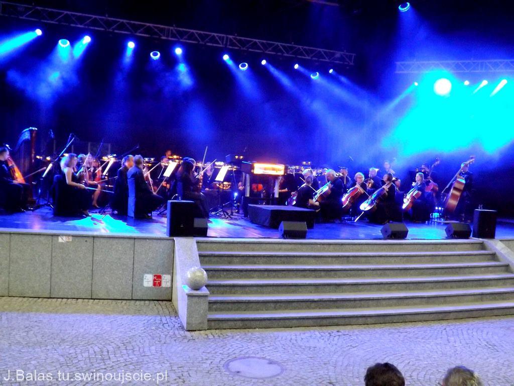 """Świnoujście. Gala Operowa """" Opera na Plaży"""""""