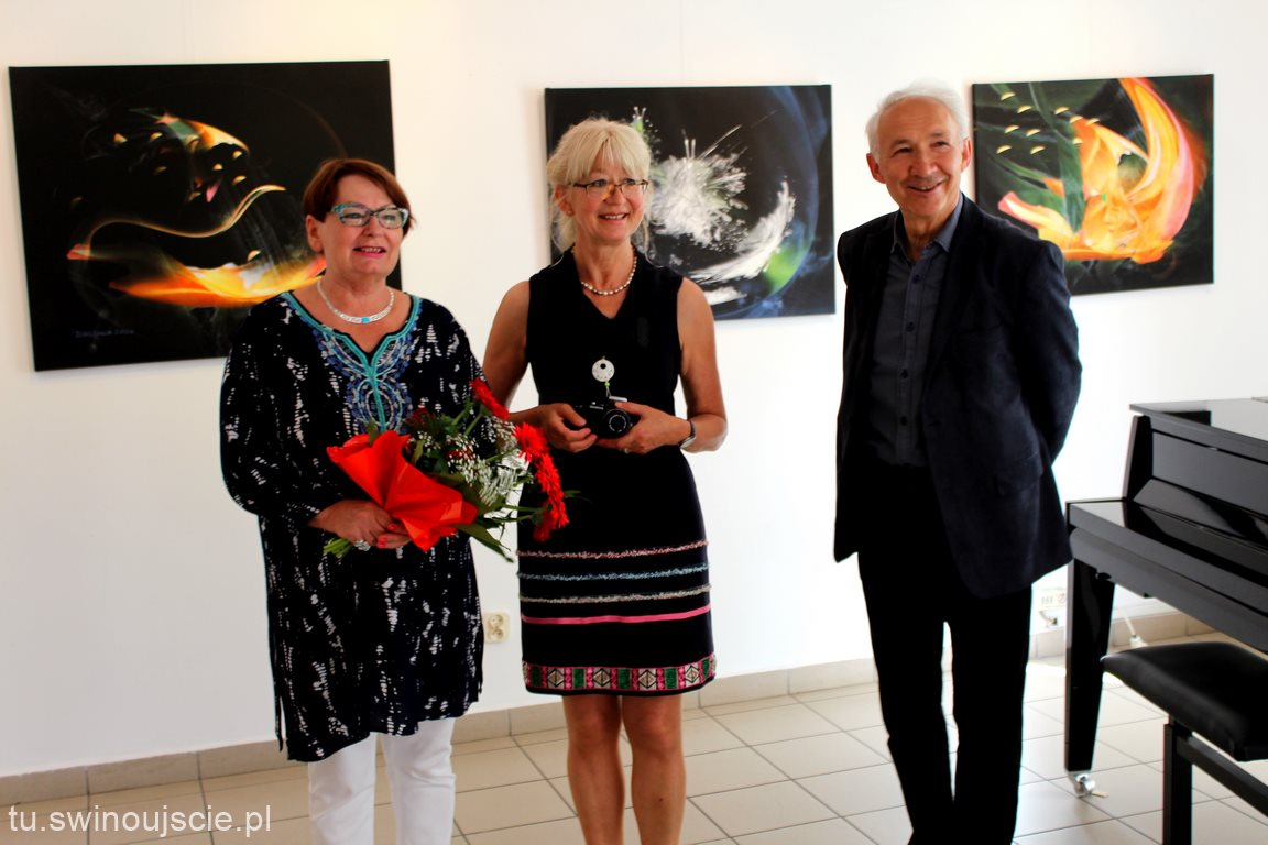 Wystawa prac malarki Lucyny Machowskiej