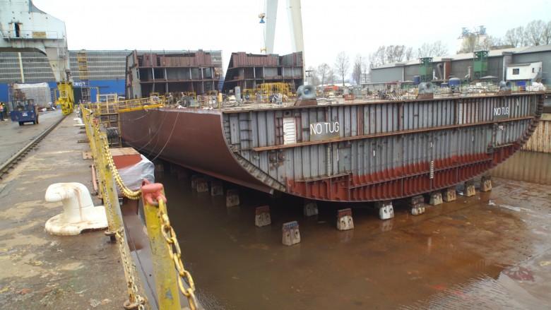 Potrójne wodowanie w stoczni CRIST