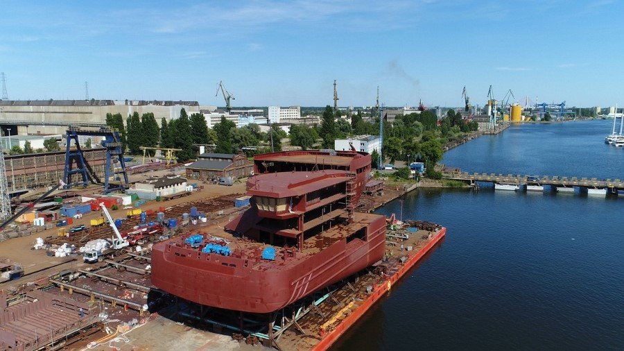 Norwegowie budują kolejny arktyczny wycieczkowiec. Bloki dostarczyła stocznia z Gdańska (foto, wideo)