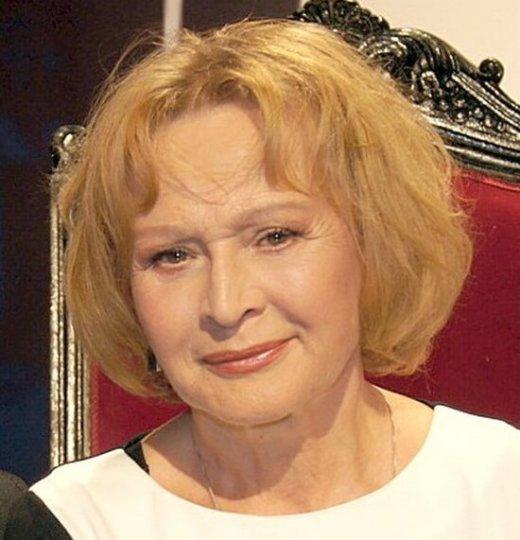 Świnoujście. Miejska Biblioteka Publiczna zaprasza na ze znakomitą aktorką Grażyną Barszczewską.
