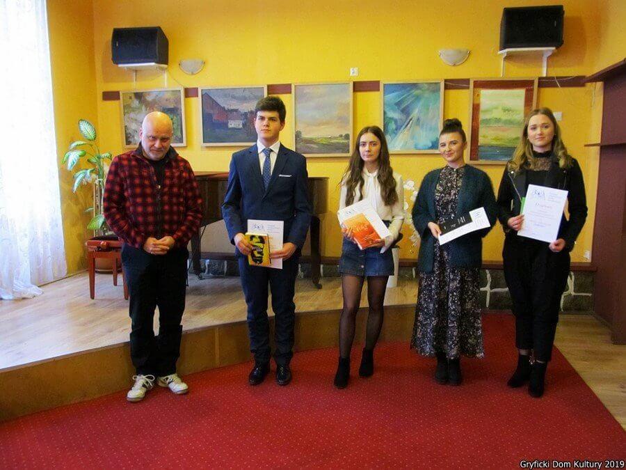 Gryfice. Przeglądy ARA – Laureaci eliminacji powiatowych Małego Konkursu Recytatorskiego