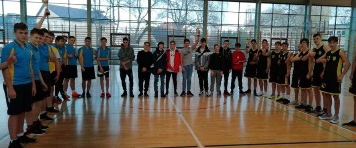Świnoujście. Wyniki w piłce koszykowej chłopców w kategorii Igrzysk Młodzieży Szkolnej, rocznik 2006/2005.