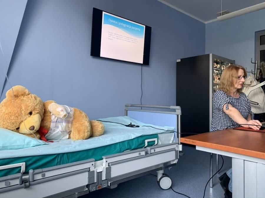 Świnoujście. Akademia Młodego Medyka. Jak opiekować się pacjentem.