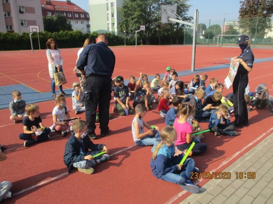 Świnoujście. Straż Miejska z Policją w ramach Europejskiego Tygodnia Zrównoważonego Transportu.