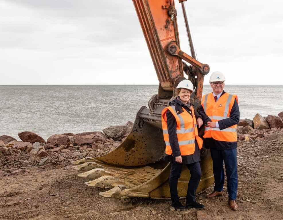 Świnoujście – Ystad. Wbito pierwszą łopatę do nowych miejsc postojowych w porcie Ystad