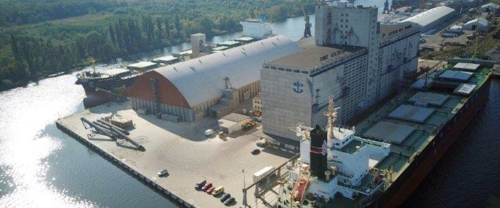 Nowe terminale przeładunkowe w porcie Szczecin chce budować sześć firm.