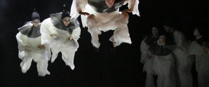 """O naszych maskach: """"PAJACE/GIANNI SCHICCHI"""" w weekend w Operze na Zamku"""