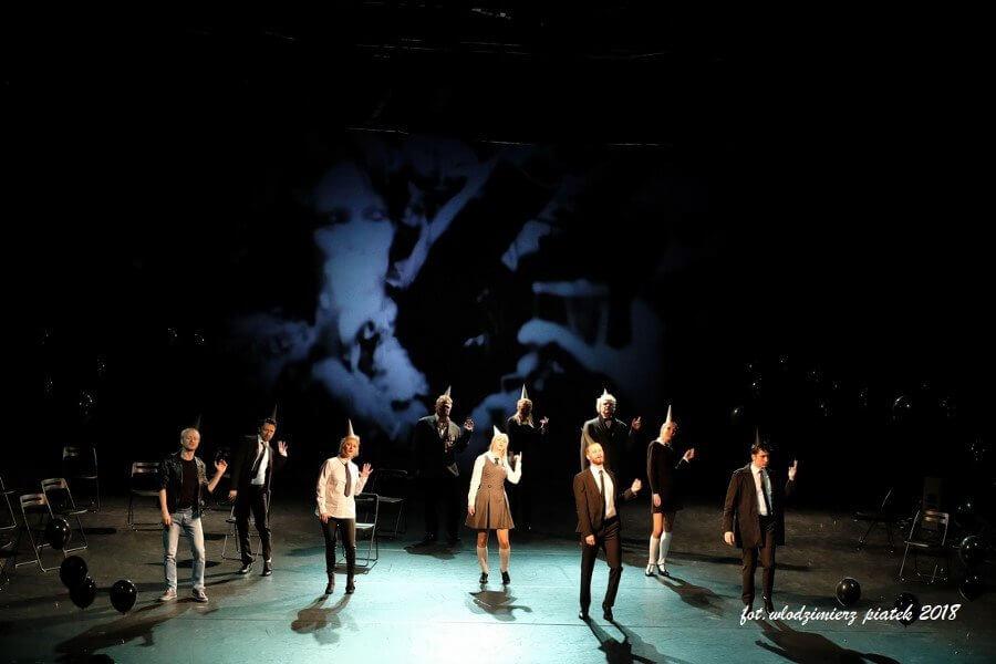 Dzień Teatru Publicznego - Bez kolejek i bez widzów ale razem.