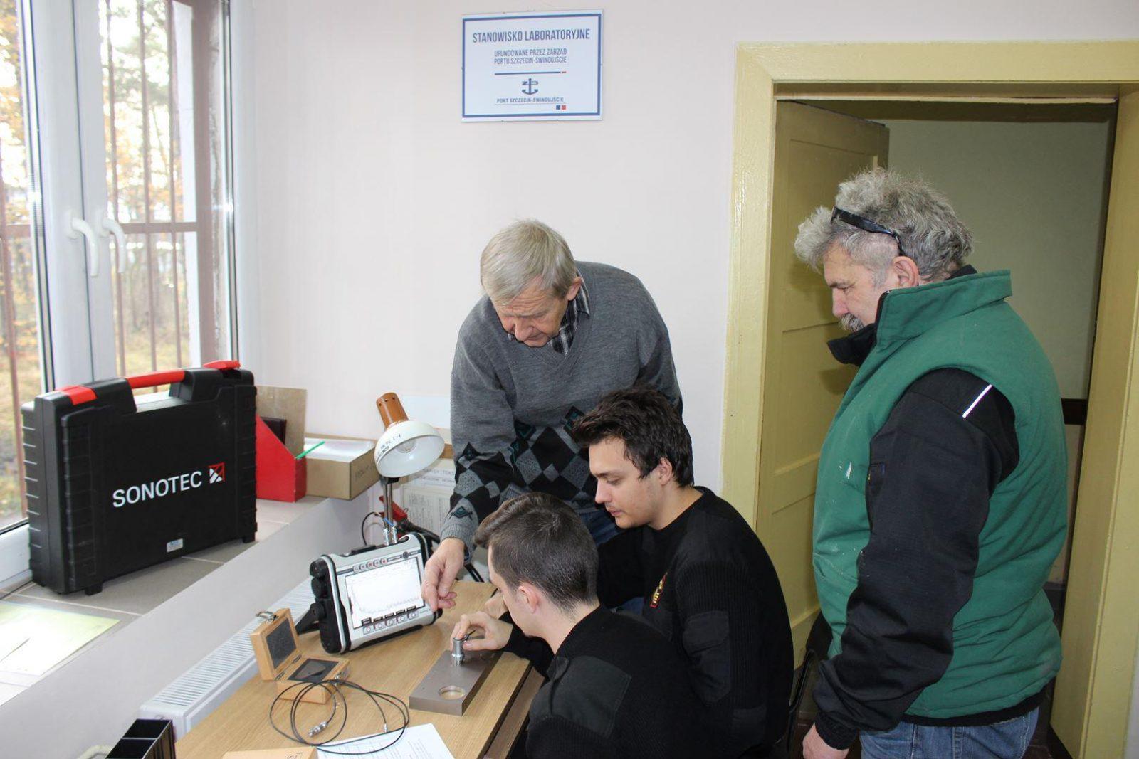 Nowe stanowiska laboratoryjne dla uczniów ZSM